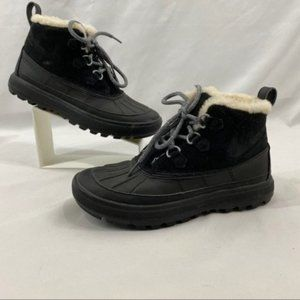 Nike Women's Woodside II Chukka Boots Black